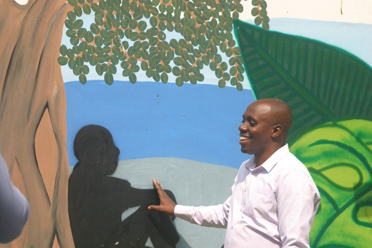 """""""#Trees in #DaresSalaam not only cool the city but also offer places of rest & connection with #nature.""""  Peter John, environmental planner from Ilala Municipality, Dar es Salaam, reflecting on the benefits of #urbangreening at the new mural.   #UNARivers: https://t.co/J4eT0NN5Nt"""