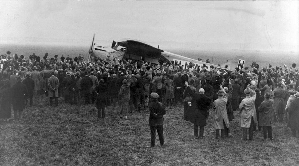 "KLMオランダ航空 on Twitter: ""【✈️KLM100周年への歩み】 1924年10月 ..."