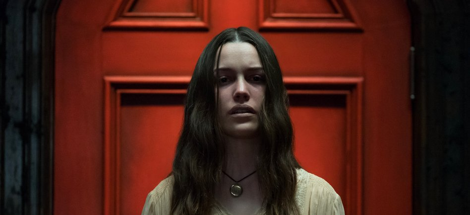 Bloody Disgusting On Twitter Just To Make Sure You Re Caught Up To Speed So Far The Haunting Of Hill House Stars Oliver Jackson Cohen Victoria Pedretti Henry Thomas And Kate Siegel Will All