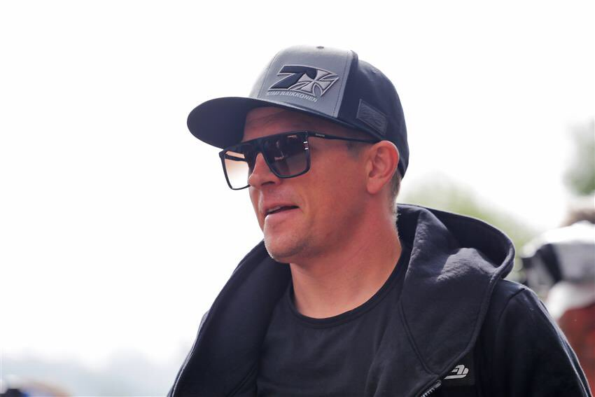 Kimi: Maybe drinking beer is more safe