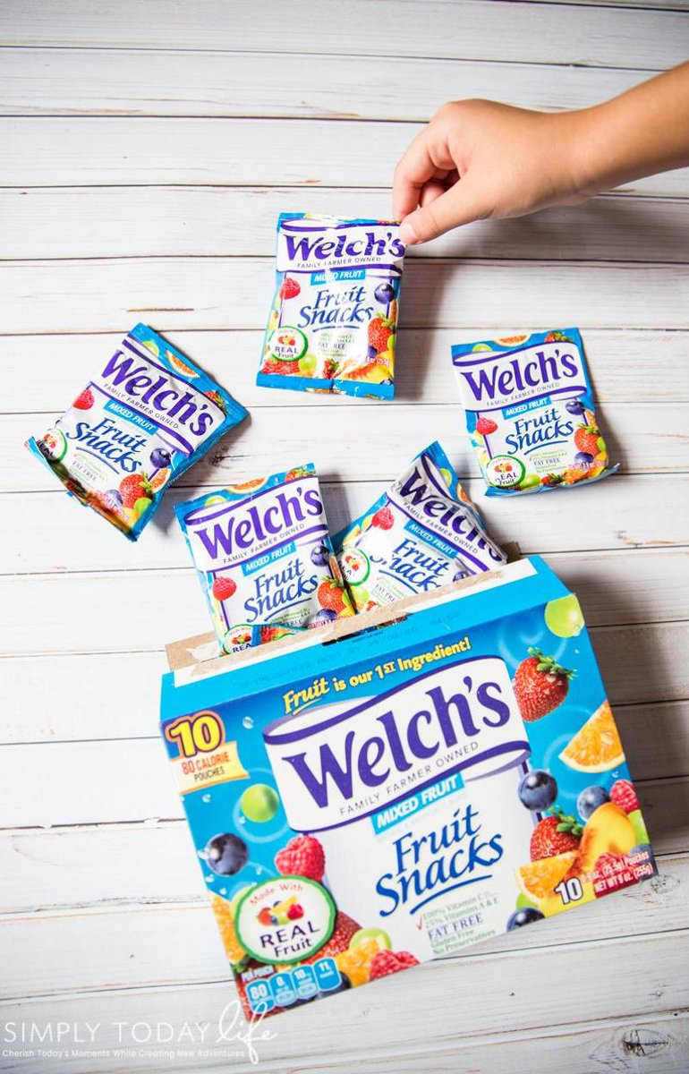 #AD Fruit is the first ingredient in @WelchsFruitSnck and that's why they're America's Favorite Fruit Snacks! Visit https://t.co/aYvfcgwUdN to find @WelchsFruitSnck at a store near you! #WelchsFruitSnacks Image via: @SimplyTodayLife https://t.co/jmOIq5L3ZH