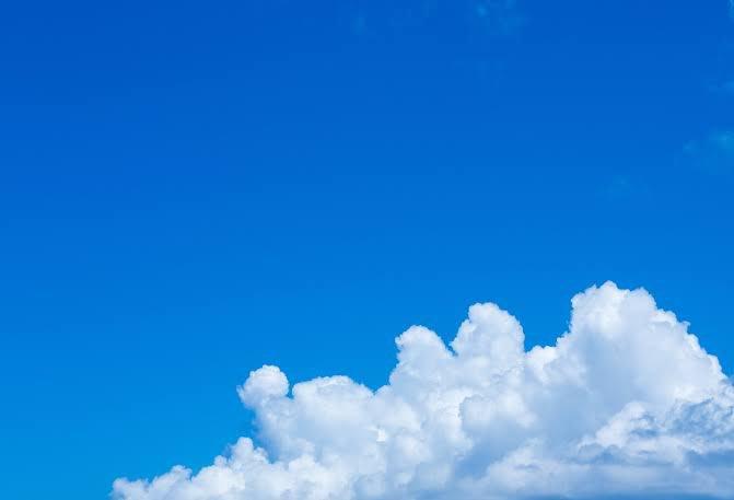おはようございます?大阪は相変わらず曇です。何かしら☔なのでいい加減青空か恋しいかな暑いのはダメだけど.......?九州北部豪雨で被災した方には、心よりお見舞いの言葉を申し上げます福岡県にうちのお墓あるので、亡き両親があたふたしてないかちょっぴり心配。#おはよう戦隊0830