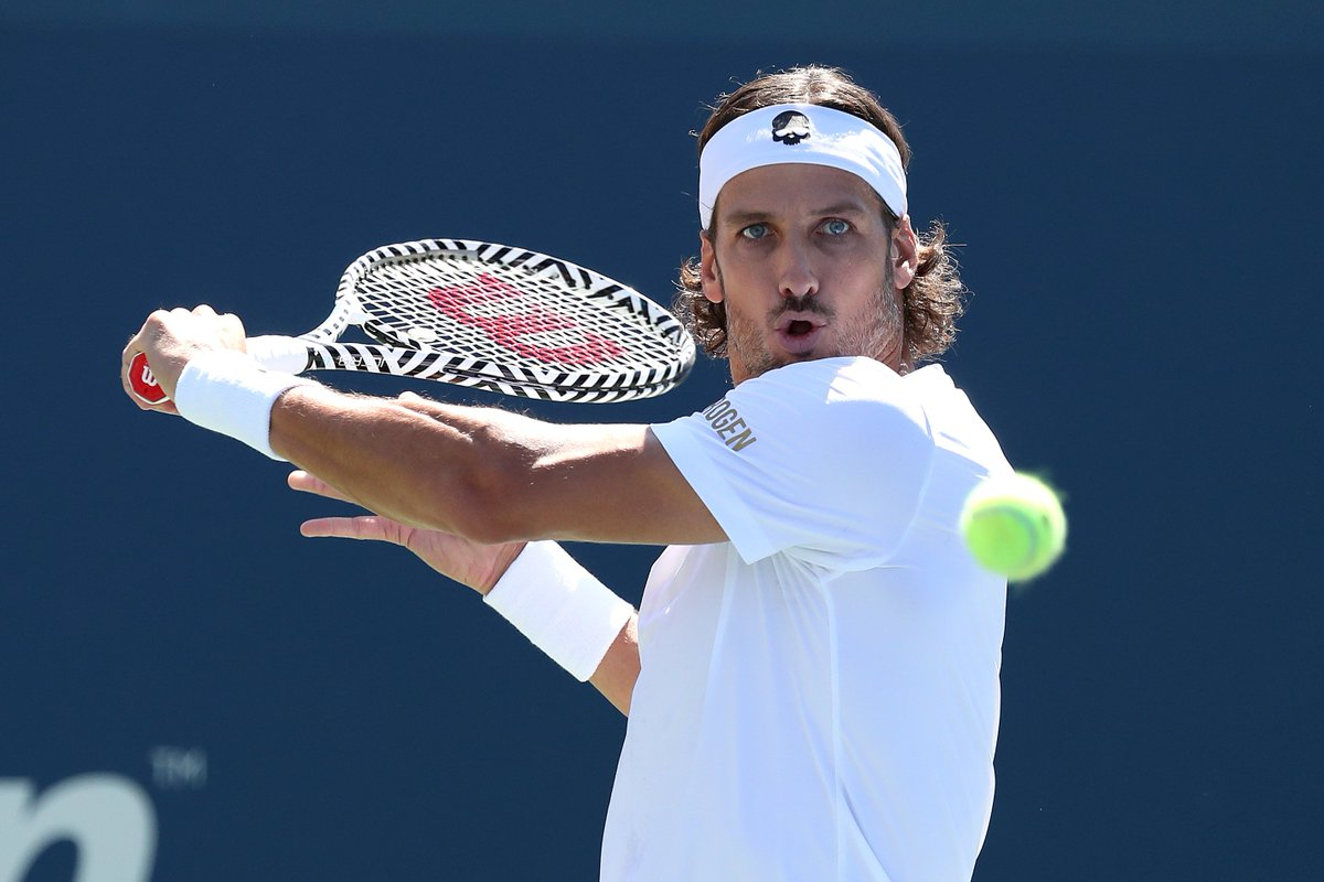 Eyeing the third round   @QueensTennis champion @feliciano_lopez defeats Nishioka 6-7(7), 6-0, 6-4, 6-4 to reach the Round of 32 at the #USOpen<br>http://pic.twitter.com/xGVtmA8IxR