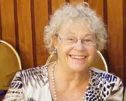 """Nos dejó #DolorsRenau, una mujer que luchó por y para la igualdad """"desde lo cotidiano"""", pero fue sobre todo su generosidad la que no dejó indiferente a ninguna generación. Un referente, sin duda. https://t.co/fLYJel2Zww"""