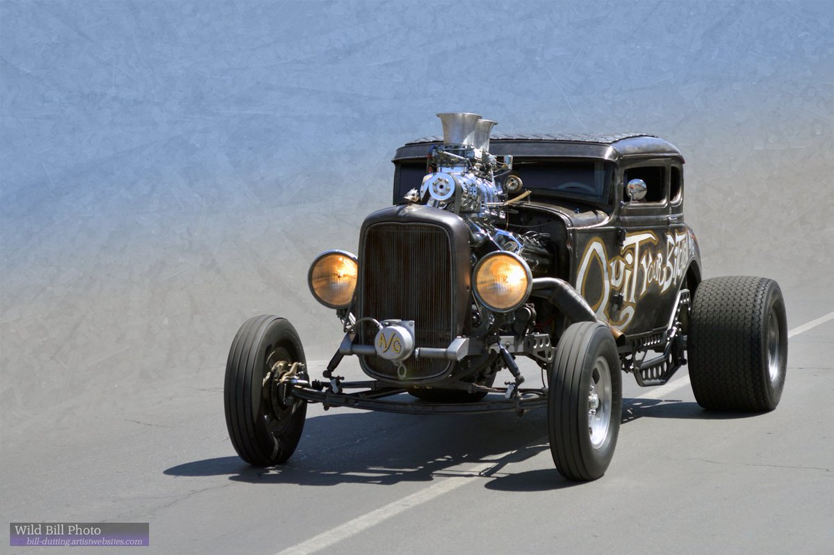 #Car 🚗 Awesome of the Day: #Steampunk-ish ⚙️ #RatRod #HotRod With Customized Exhaust Pipes via @wildbillphoto #SamaCars