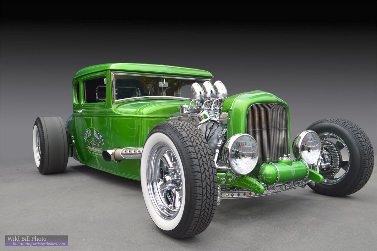 #Car 🚗 Awesome of the Day: #Steampunk-ish ⚙️ Green #Hotrod #Ratrod 'Super Rides 2' by Bill Dutting via @wildbillphoto #SamaCars