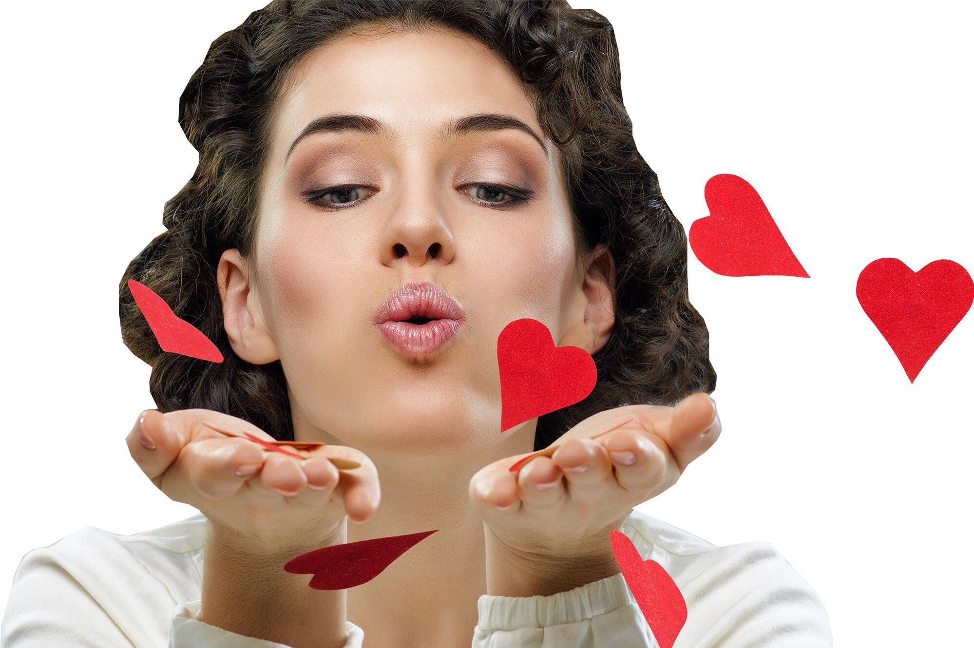 пожелание день картинки поймала воздушный поцелуй спозировала вечернем платье