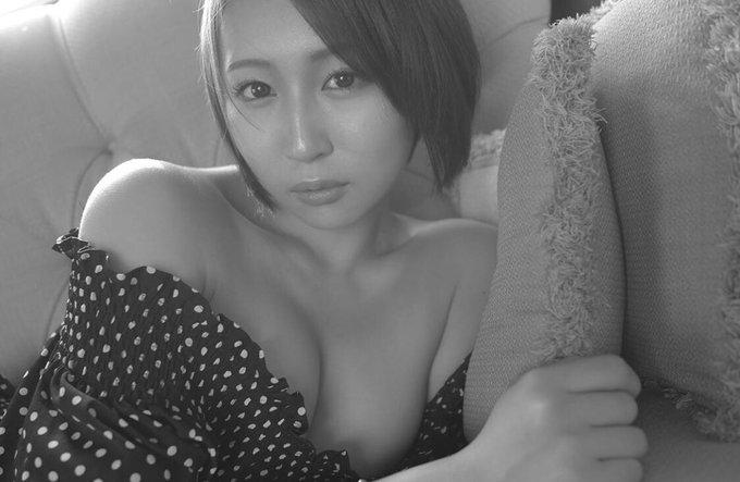 グラビアアイドル高橋美憂のTwitter自撮りエロ画像23