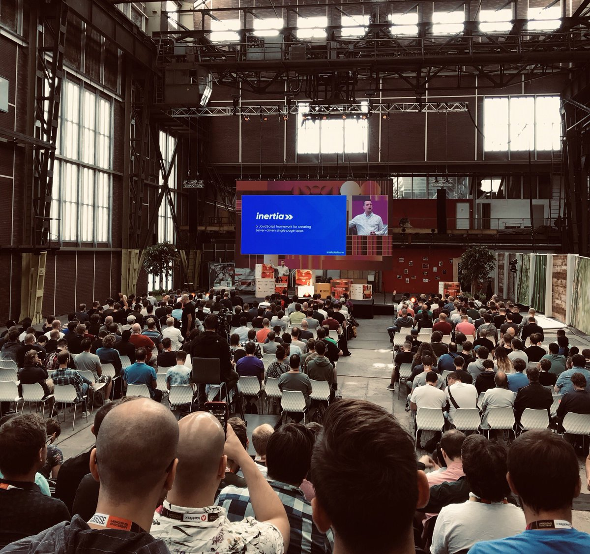 Have your cake and eat it with Inertia js - Laracon EU 2019