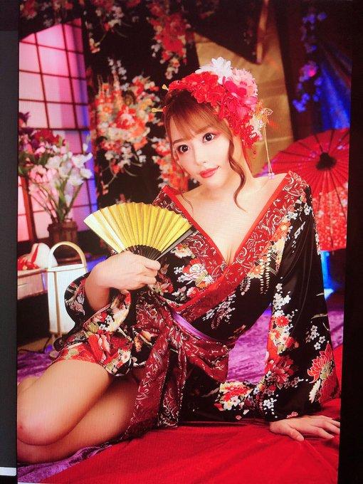 AV女優浜崎真緒のTwitter自撮りエロ画像10