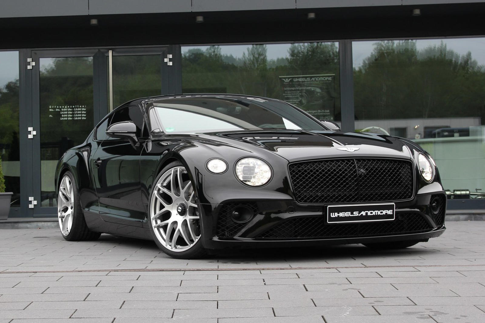 Carbuzz On Twitter Modified Bentley Continental Gt Is An 800 Hp Monster Custom Continental Gt Described As A Porsche Killer Coupe Grandtourers Luxury Tuning Read Https T Co Xd4lztw0hu Https T Co 6znli6ecne