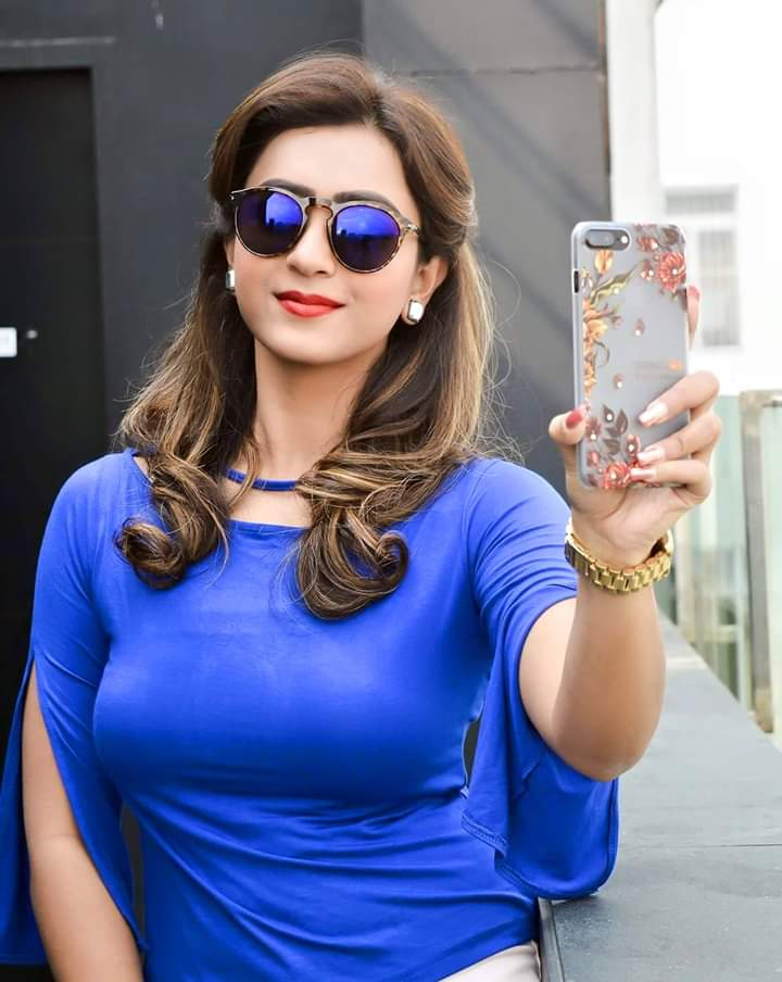 #SelfiQueen. #BlueHot. Most talented n gorgeous actress in this industry.  @KoushaniMukher1 she is the best actress forever. #HotnessOverloadad my hotty.      #GlamarousLook. #NaturalBeauty.  #PictureOfTheDay. Proud to be ur fan my queen. Love you so much  always forever.pic.twitter.com/ku79FMdR7r