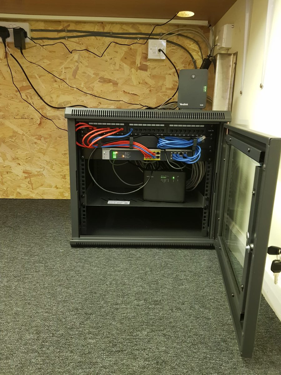 Busy installing a new internet connection and phone system for SMARTER COMPONENTS CARDIFF LIMITED. All new CAT6 cabling and additional power sockets installed thanks to Integrity Electrical and ESC IT #newinternetconnection #newphonesystem pic.twitter.com/znhegHd3sm