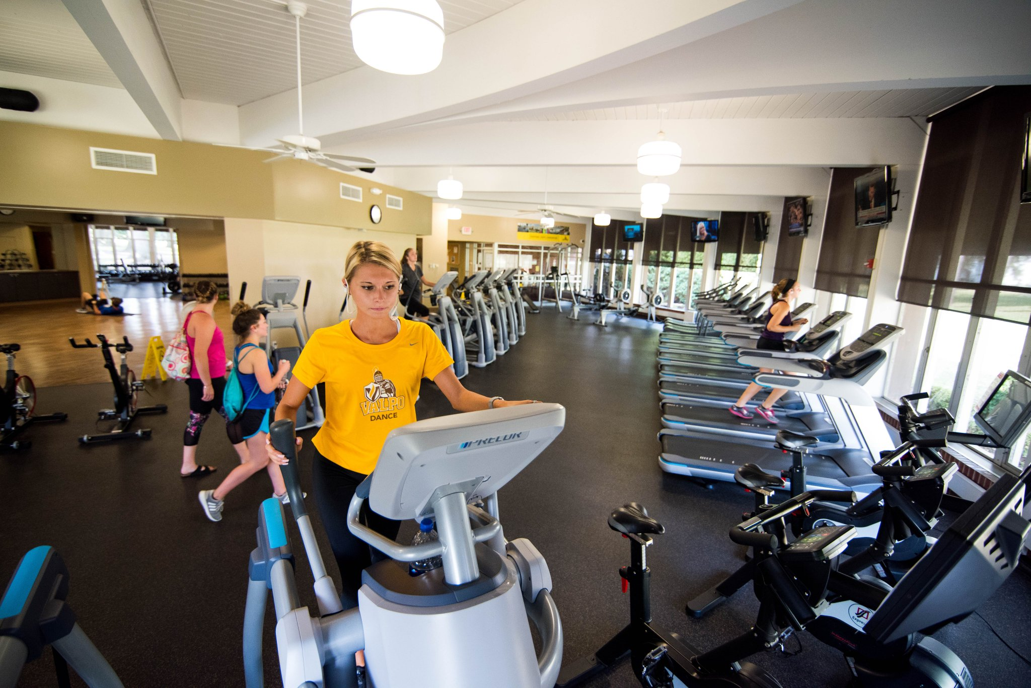 Valparaiso University Pa Twitter Ready To Hit The Gym All Students Have Free Access To The Fitness Center With Your Onecard You Can Work Out Independently With A Friend Or Even Participate