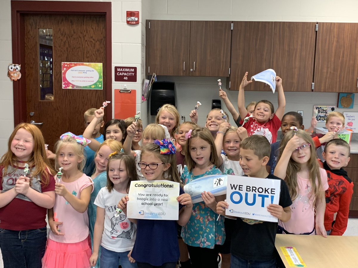 Mrs. Hamilton's class earning their Back to School Boogie license with @breakoutEDU! #GenoaStrong