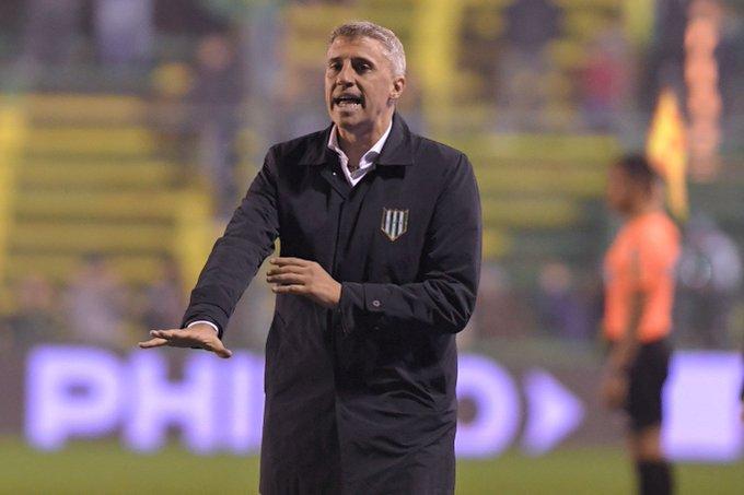#Superliga | Crespo dejó de ser el DT de Banfield