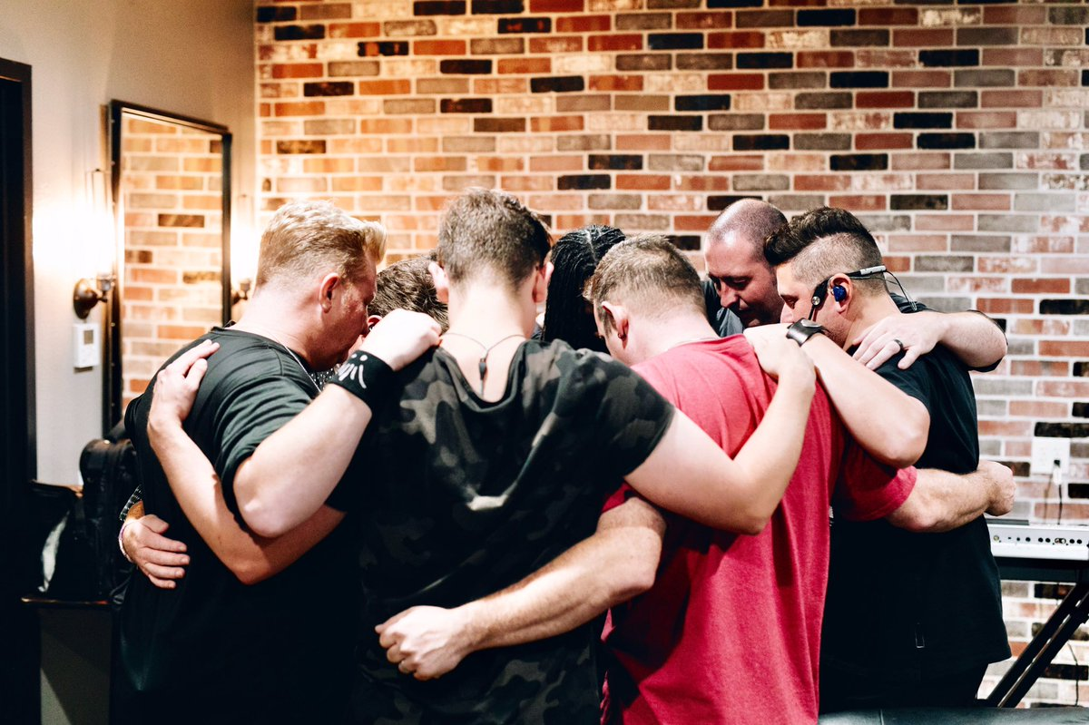 Before the show last night! To God be the glory! It's not about us. In r prayer circle nightly, we thank him for being who he is & for r fans & that we can be a vessel to bring hope & joy & fun & tell ur story in at least 1 song in r time in ur town! Dallas turned out! Love ya!