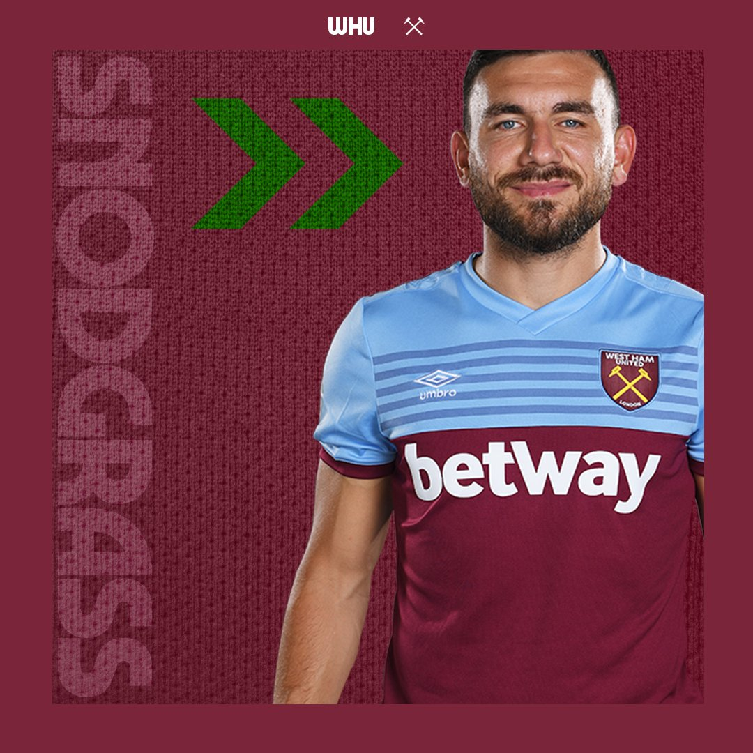 buy popular de244 40b95 West Ham United on Twitter: