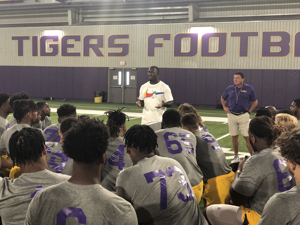 We were honored to have one of our great family members back to speak to The Tigers today! We could not be more proud of Devin White!