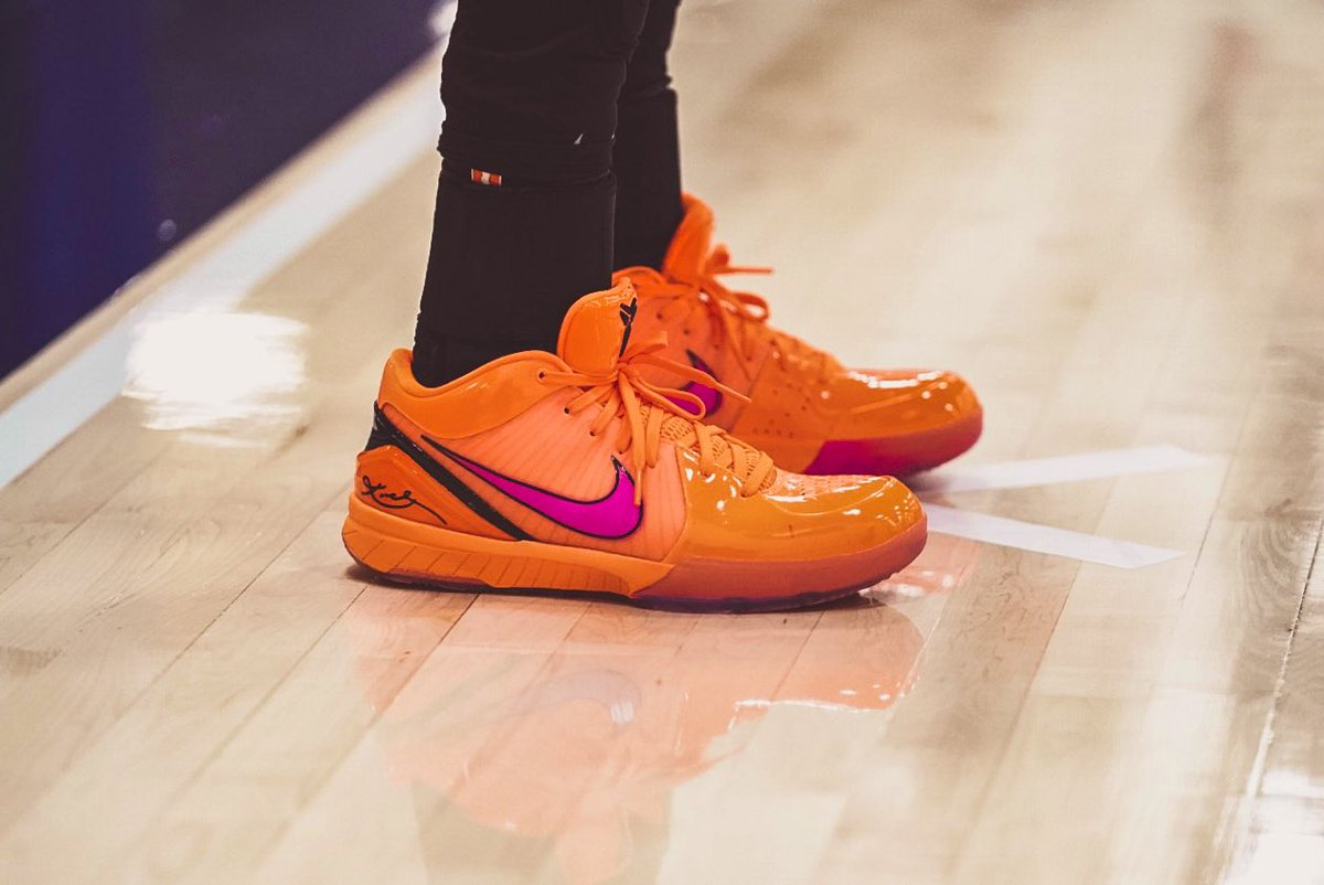 . @justDROB bringing way too much heat to her feet in the Kobe IV Protro 'ASG' 🔥🔥🔥🔥🔥🔥🔥🔥🔥🔥🔥