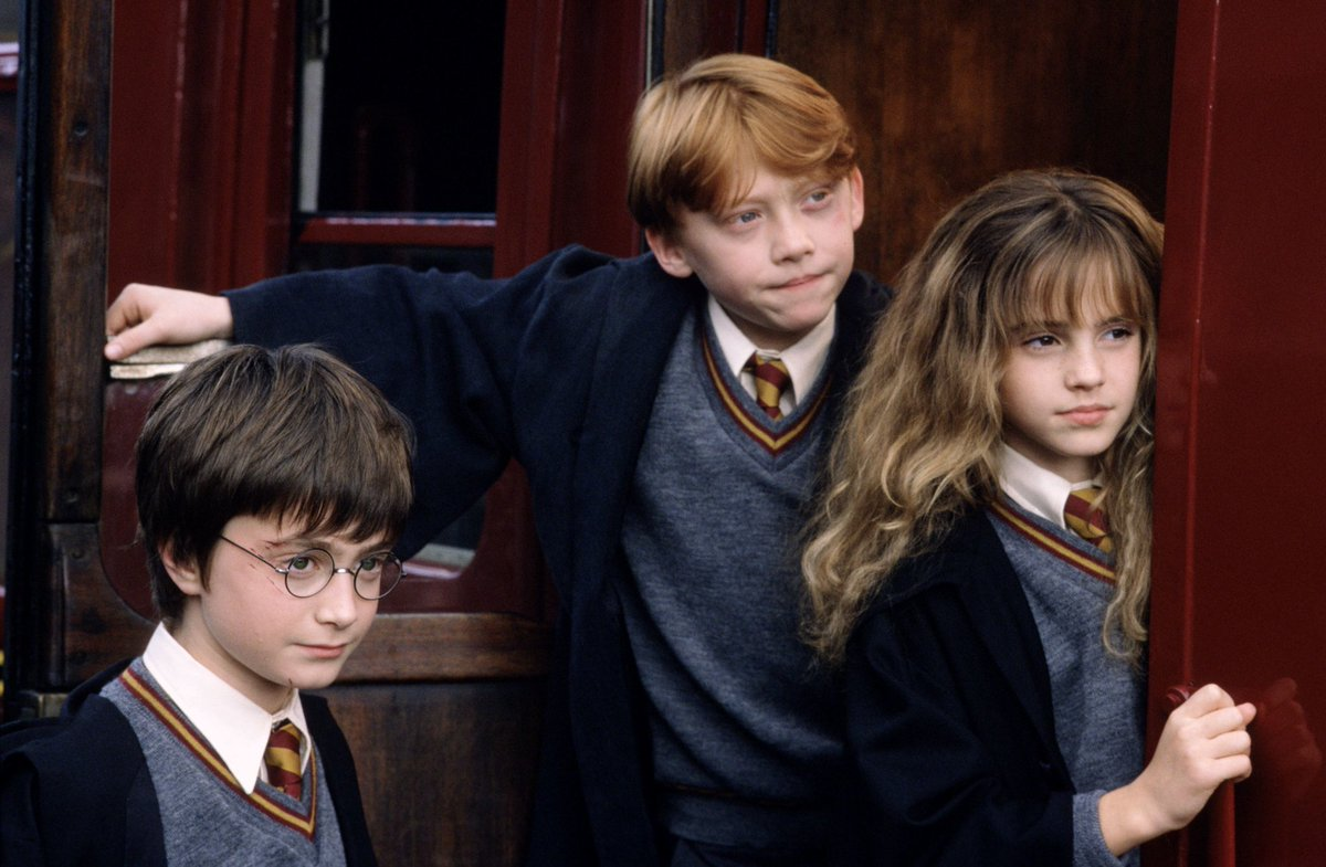 """El Profeta on Twitter: """"Hace 28 años, Harry, Ron y Hermione se conocieron.…  """""""
