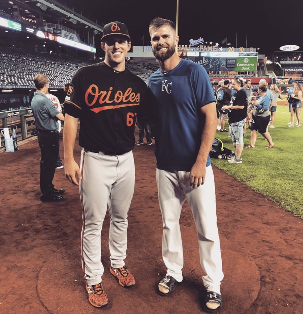 John Means (Orioles) & Bubba Starling (Royals) graduated from the same KS 6A high school (Gardner Edgerton) in the same graduating class (2011). Both now in the big leagues playing eachother. Incredible. <br>http://pic.twitter.com/dHlApogQ2g