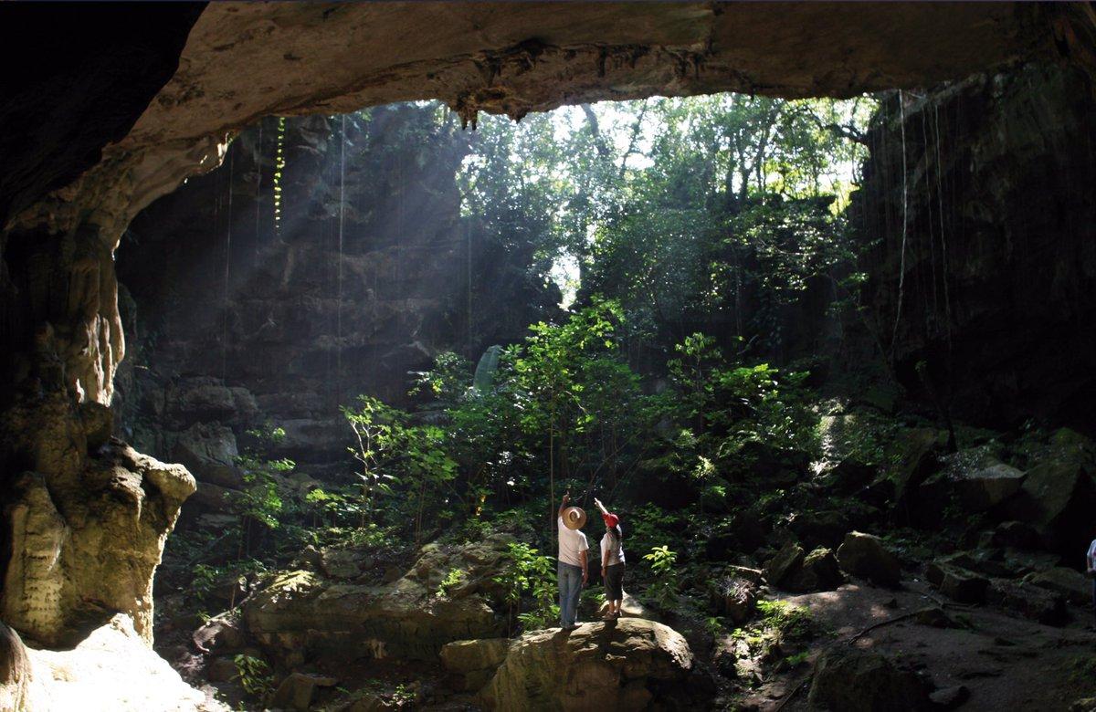 Cuevas de Mantetzulel en San Luis Potosí.
