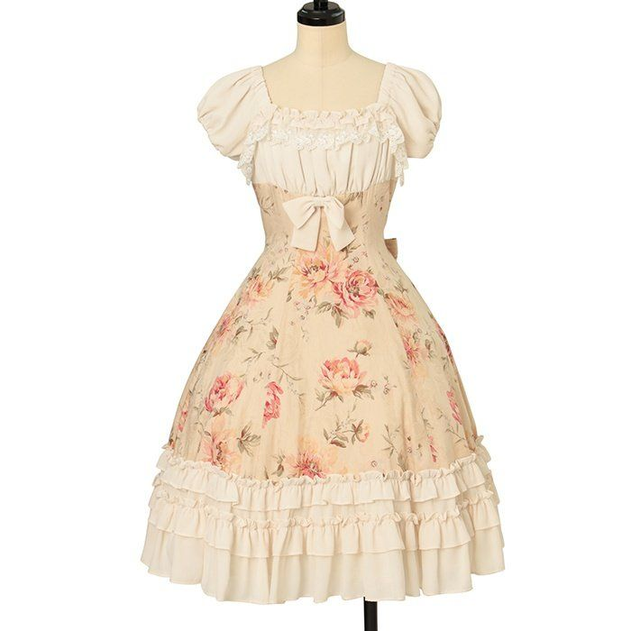 New in stock (used)  millefleurs  Rose Jacquard and Georgette OP  https://buff.ly/345Oeud #wunderwelt #lolitafashion #classiclolita #millefleurs pic.twitter.com/a7Moo7exjL