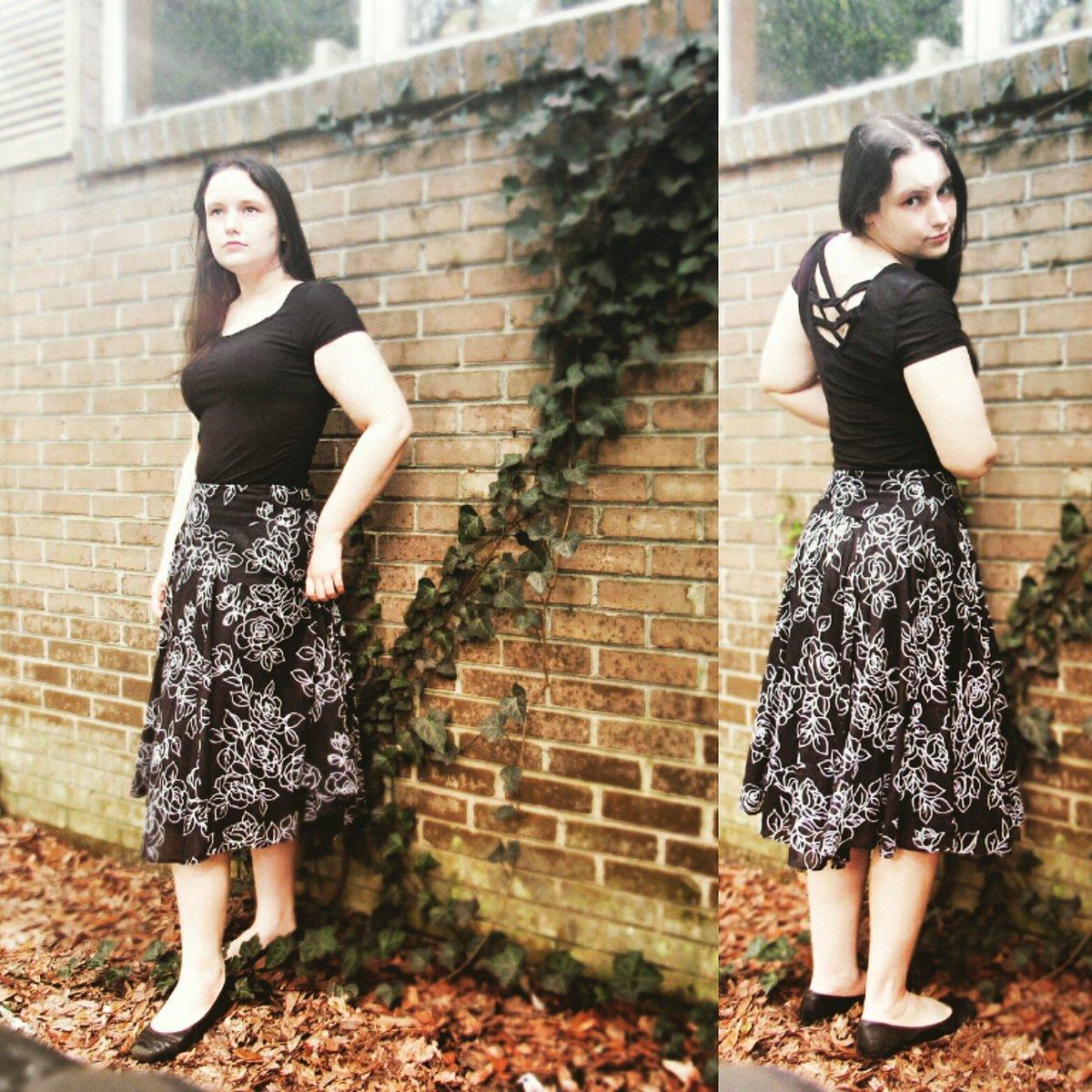 #Summerlook Skirt: @jonesnewyork size 6 #madeinchina #thriftstorefinds #2ndhandbrandname #thrifting Shirt: #noboundaries Juniors Med (7-9) bought at @walmart #summerstyle #skirt #beyoutiful #fashionblogger #modestclothing #clothesaddict #ilovedresses #girlyoutfits #outfitofthedaypic.twitter.com/xqqsnG9eII