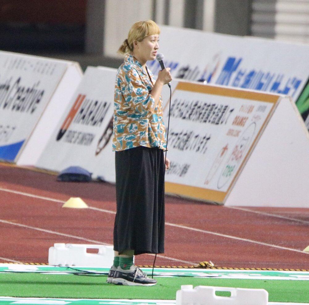 丸山桂里奈さんと高木豊さん
