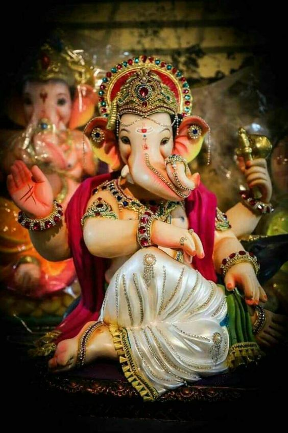 Wishing everyone a very happy #GaneshChaturthi . May Lord Ganesha bless you with health, wealth and prosperity 🙏