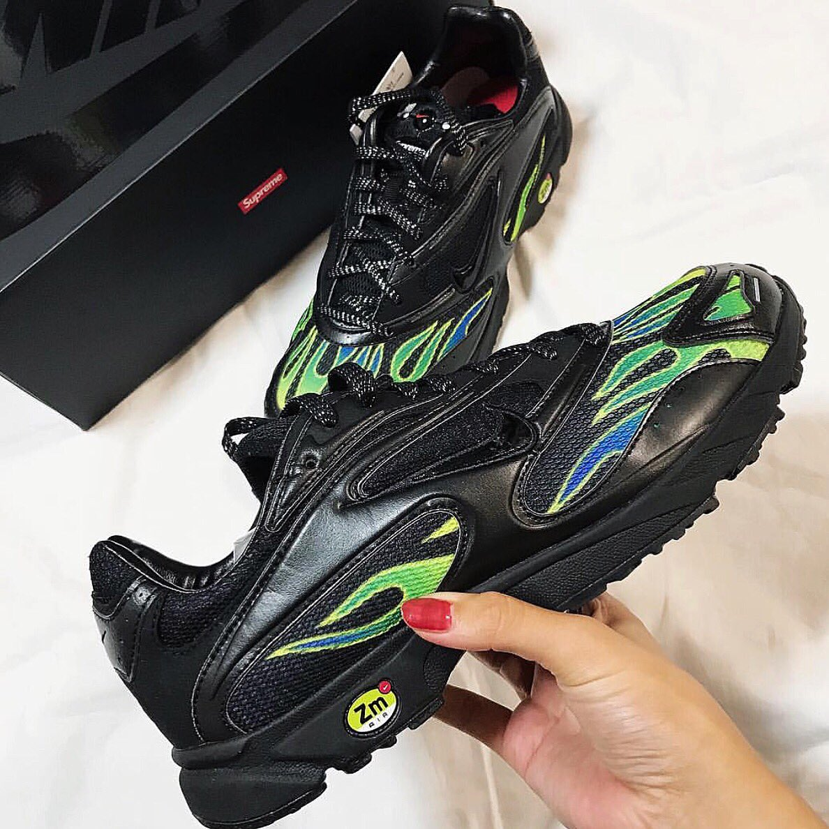 good selling so cheap cheap price Supreme X Nike Zoom Streak Spectrum Plus COLOR : Black PRICE ...