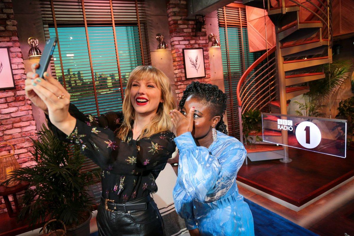 Taylor Swift Bbc Radio One Live Lounge Setlist Daedalusdrones Com