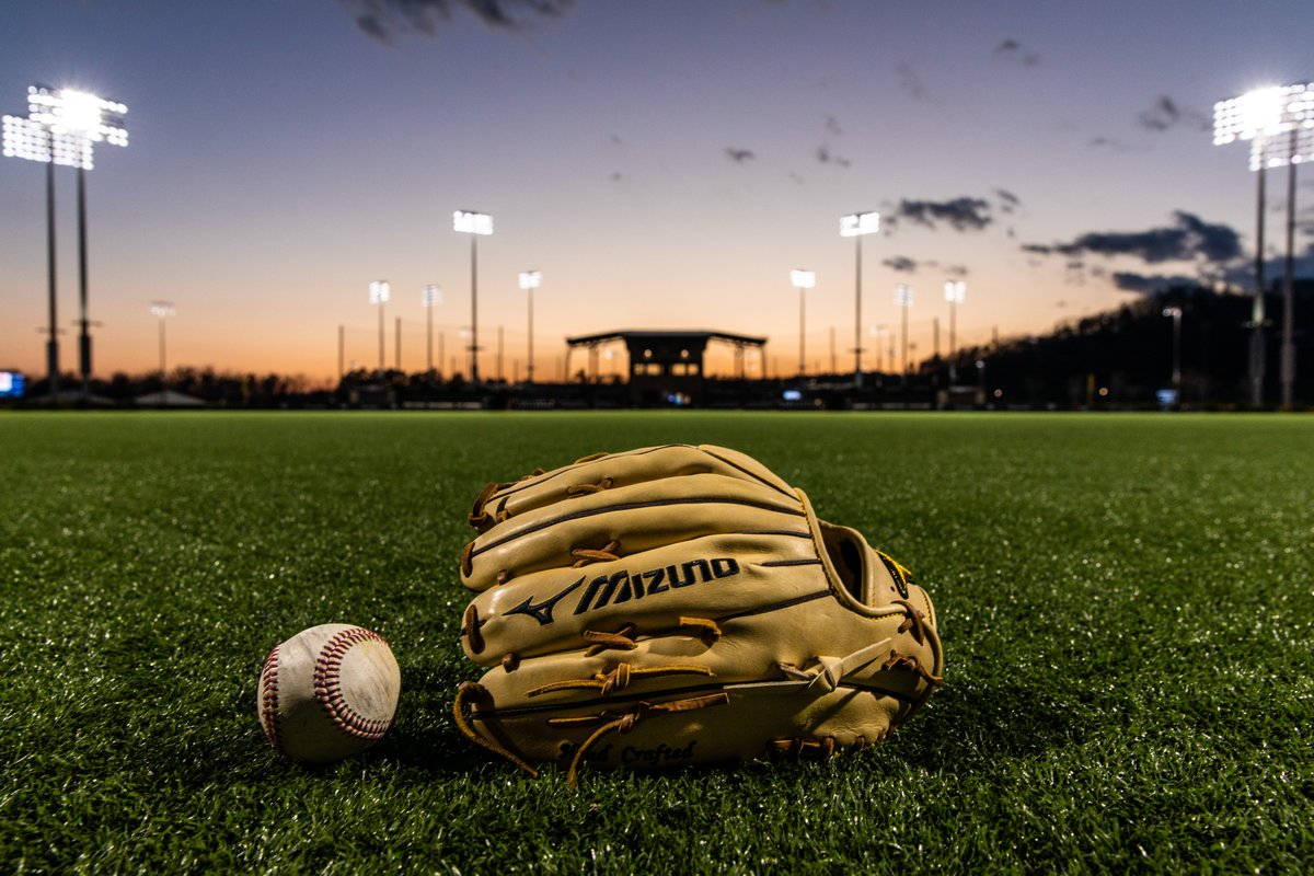 Happy #LaborDay, #MizunoFamily! A great day to reflect on what the grind is all about. #ReachBeyond