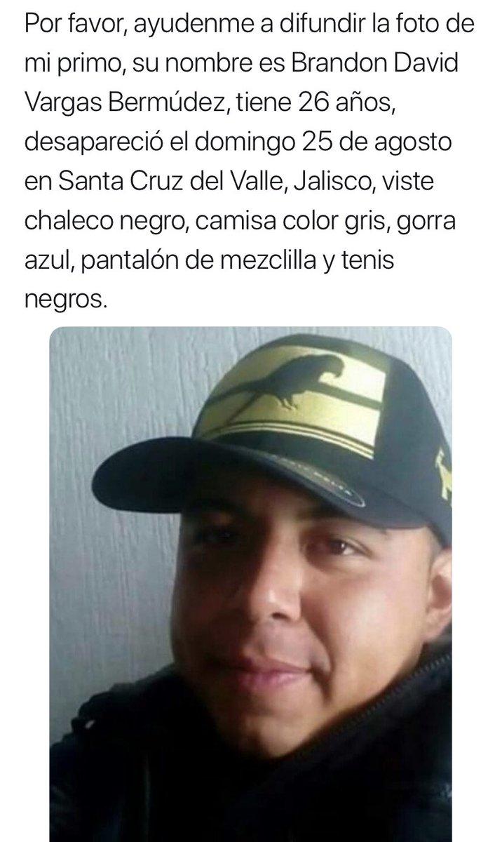Brandon, Adrián y Rafa. Dos de 26 y uno de 25 años. Tres jóvenes de Jalisco.  ¿Qué chingados está pasando en Jalisco? @EnriqueAlfaroR @FiscaliaJal   #HastaEncontrarteRafa y encontrarlos a todos. https://t.co/b0L66385MT