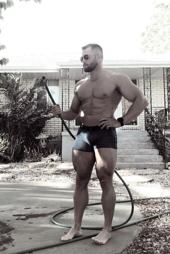 #yardwork in my underwear on #LaborDay 🤷🏻♂️😂