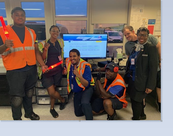 Perfection is rare in our industry, but Team DCA was perfect on September 1st - 100% of flights departed early! Strong way to start out the month with teamwork, communication and great service! @edavid_allison @mechnig @jacquikey