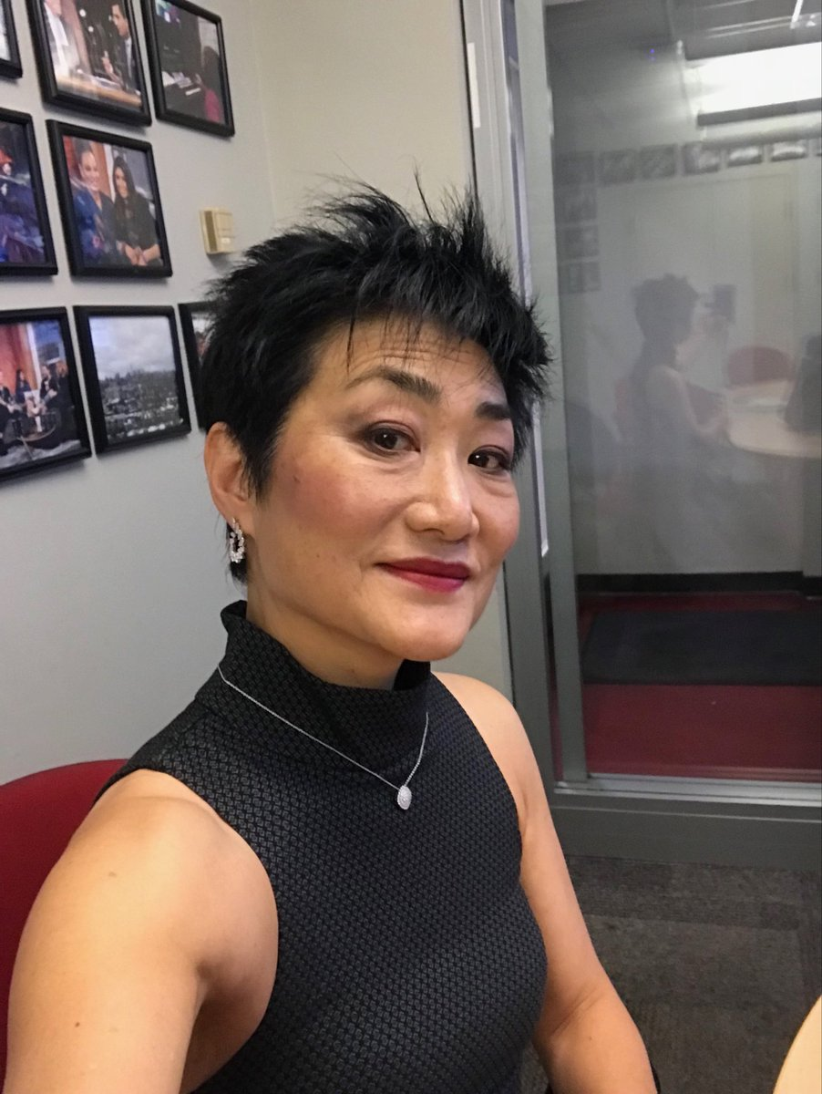 """Uzivatel Jean Yoon ̜¤ ̧"""" ͝¬ Or Å°¹çœŸå§¬ Na Twitteru Selfie With Diamonds I Ve Never Worn Real Diamonds Before Thank You Maisonbirks Telefilm Canada For The Incredible Honour Of The Birks Diamond Tribute We looked inside some of the tweets by @jean_yoon and here's what we found interesting. uzivatel jean yoon 윤 진 희 or 尹真姬"""
