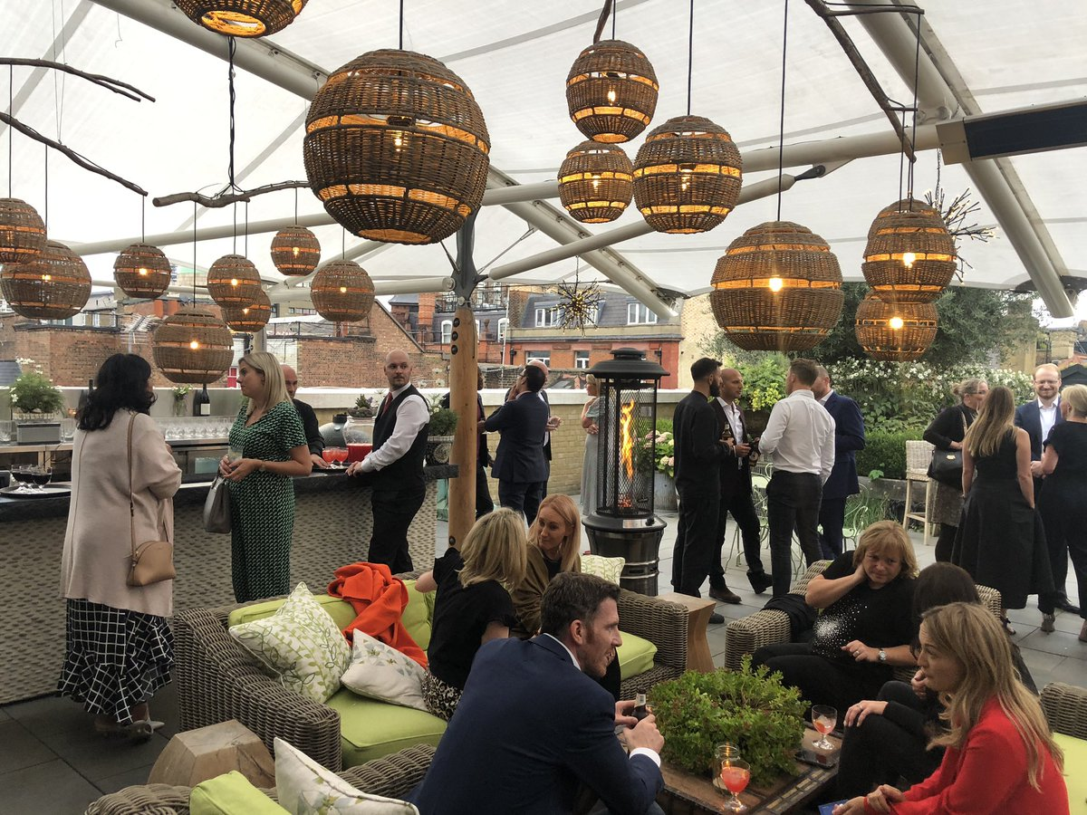 A big welcome to all our clients and friends joining us for summer drinks tonight @Ham_Yard 🥂
