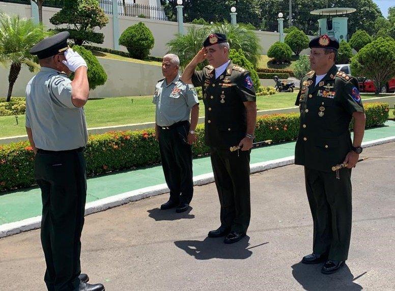 CEOFANB14Aniversario - Hacer como en Panamá eliminar la fuerza armada.  - Página 5 EDkYEx_WkAE8Sgt