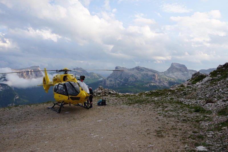 Recuperato alpinista inTofana https://t.co/d5GHg...