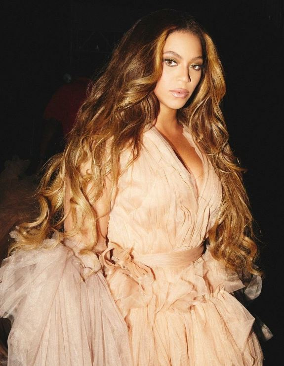 HAPPY BIRTHDAY QUEEN B   Forever Crazy In Love with you