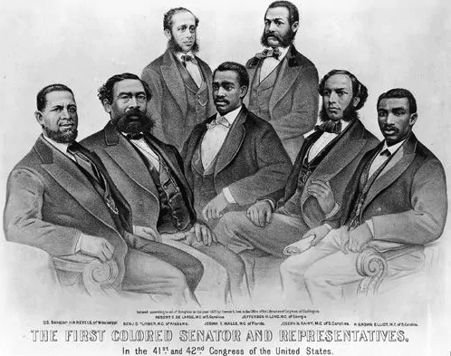Time for some forgotten history.  *Twenty two* African Americans served in Congress during the 1800s after the Civil War. Right before Southern racists took voting rights away from black people again.  Since many people don't learn this in schools, let's do an important thread: https://t.co/lcifJ68JsE
