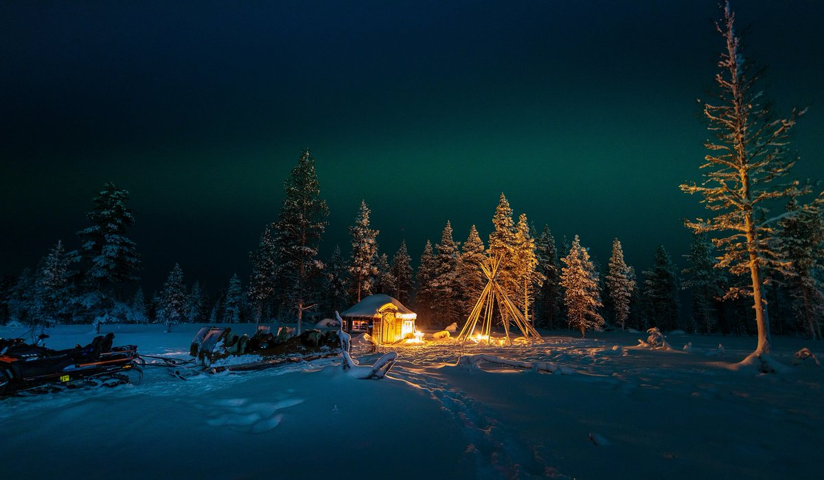 A Christmas To Remember 2019.The Aurora Zone On Twitter Dreaming Of Getting Away For A