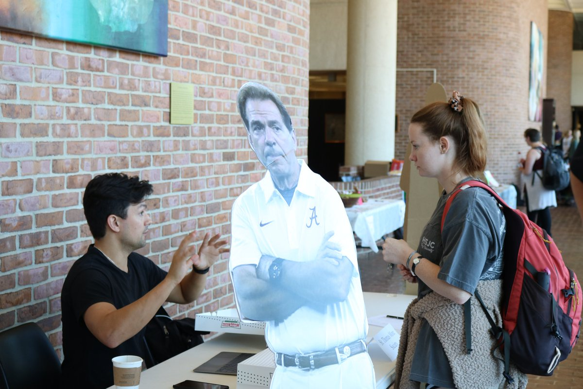 Get On Board, Alabama Law! Today is Get On Board Day. Law students are learning about and signing up for more than 25 new and old Law School organizations. https://t.co/QTd3Um1zI7
