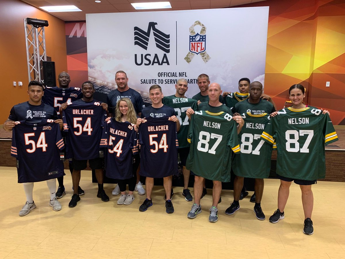 Honored to participate in a #SaluteToService celebration of the NFL's 100th season at Naval Station Great Lakes with 100 sailors and @USAA! https://t.co/eF7ZS6az7D