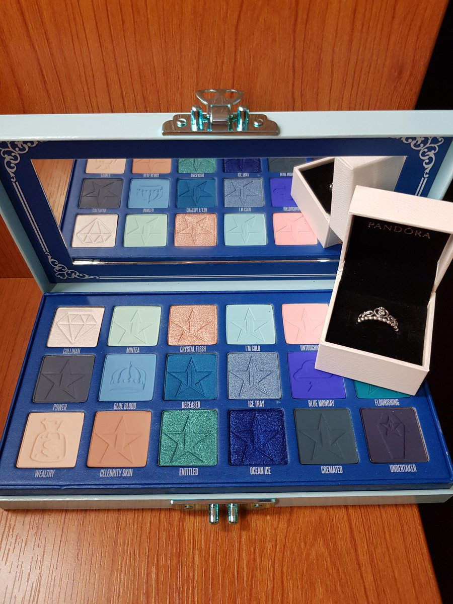 My boy did good! Surprised me with the @JeffreeStar  #JeffreeStarCosmetics  #BlueBlood  palette for our 5th Anniversary 💎