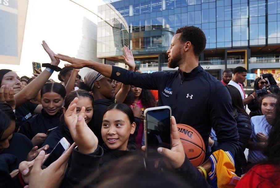 Curry:新球館注重細節全是高科技,這會讓我們的工作變得高效!-Haters-黑特籃球NBA新聞影音圖片分享社區