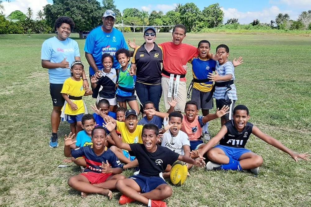 🗞 NEWS   RugbyWA Board Member, and co-founder of the Sea of Blue, Alison Foskett has returned home with many tales to tell about her trip to the Pacific promoting the Womens game in the Oceania region. 🏉 🇫🇯 #GrowingTheGame READ MORE: 👉bit.ly/2lzDPVQ