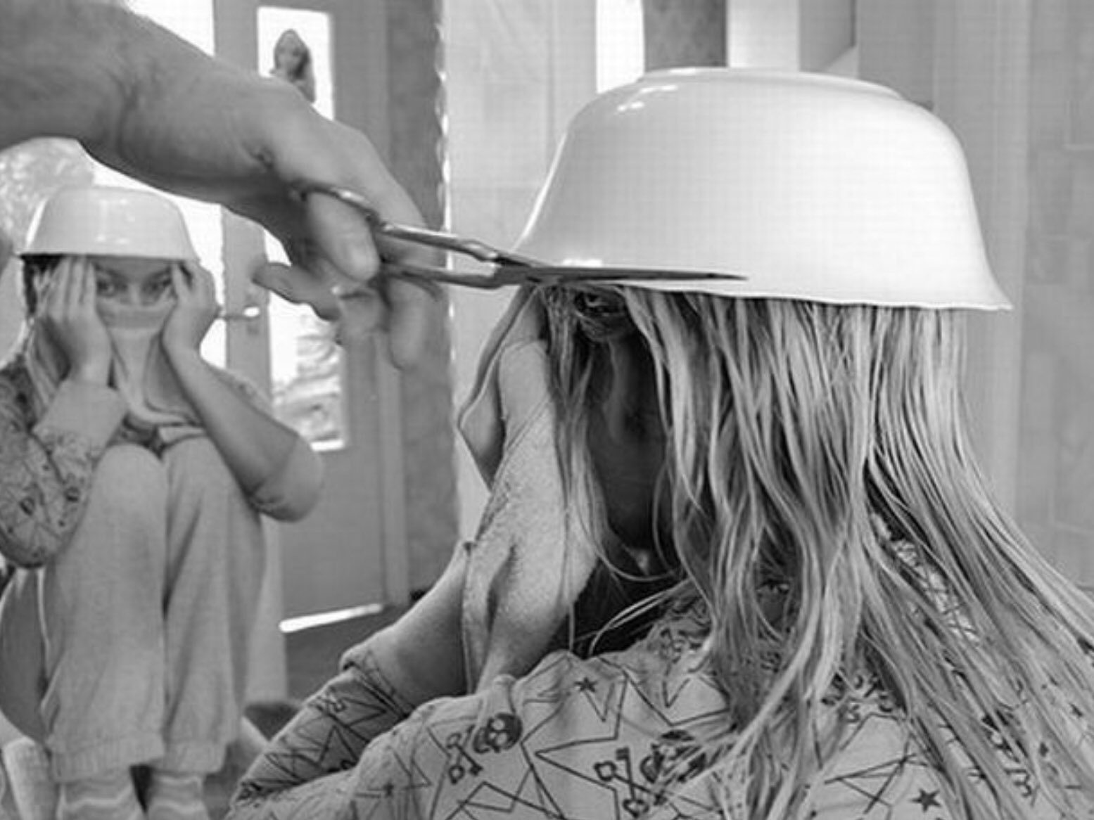 В парикмахерской прикольные картинки